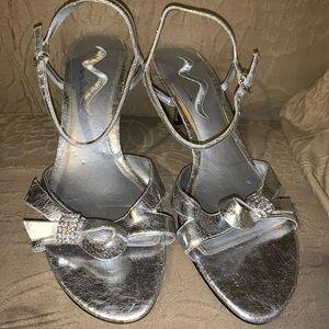 Kitten heel dressy sandal